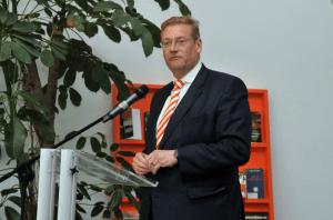 MInister Van der Steur, foto De Basis